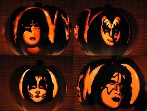 ☆ KISS Pumpkins ☆