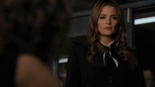 Castle wallpaper containing a business suit titled 4x05 - Eye of the Beholder