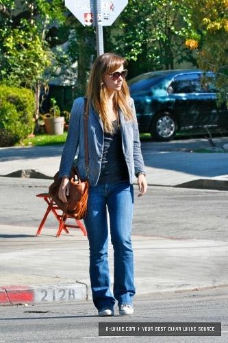 Arriving and leaving Little Dom's restaurant [October 22, 2011]