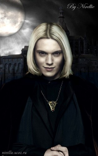 Caius Volturi Breaking Dawn