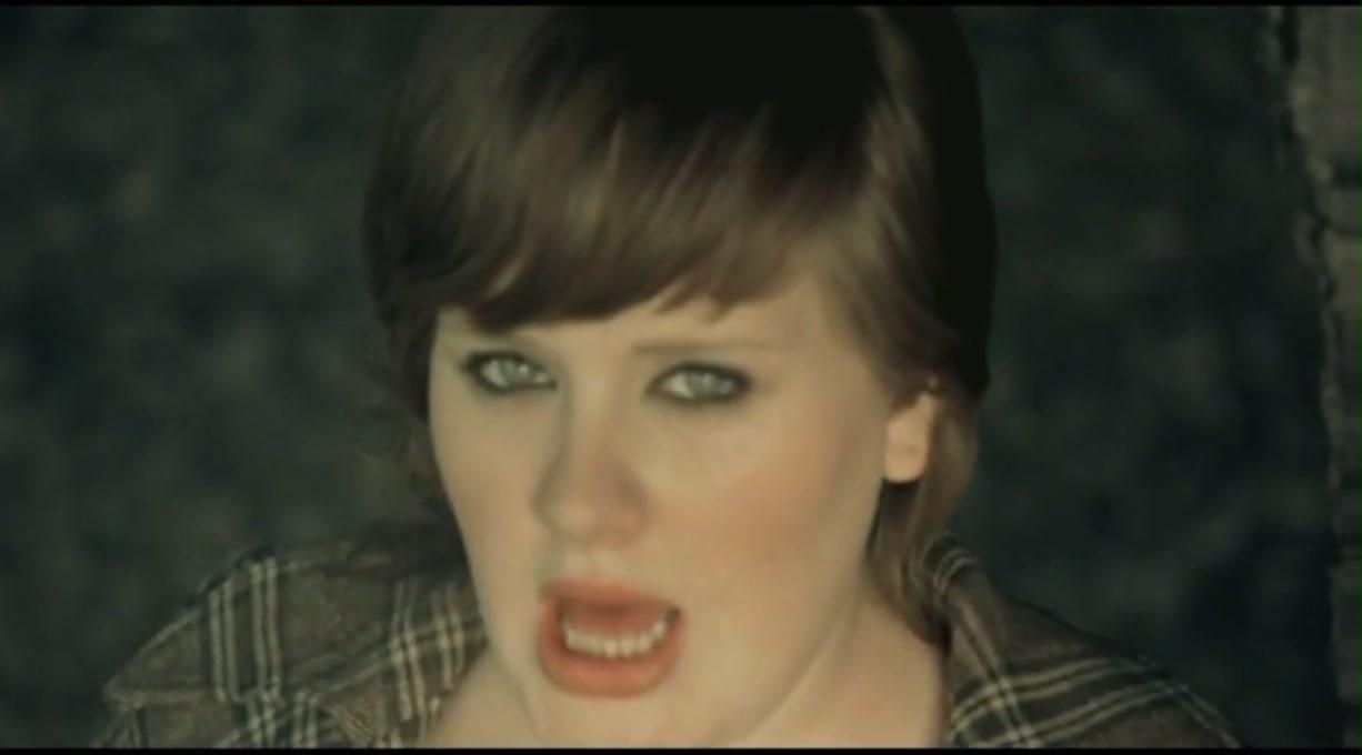 Karaoke Chasing Pavements - Adele - CDG MP4 KFN - Karaoke Version