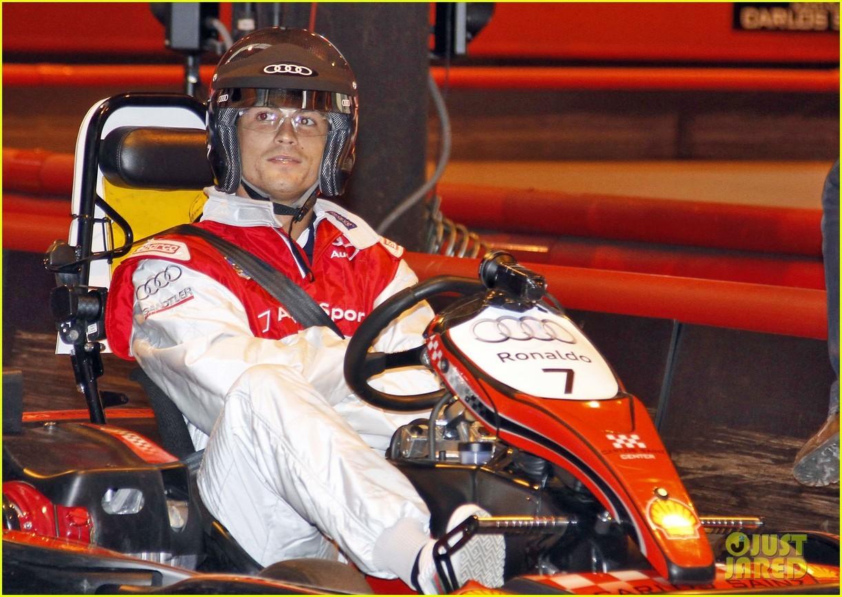 Cristiano Ronaldo: Go Kart Racing With Real Madrid Players!