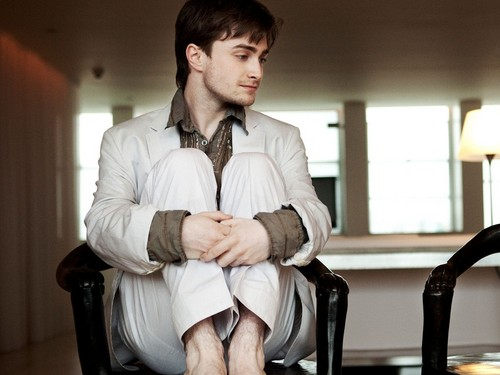 Daniel Radcliffe wallpaper with a business suit and a well dressed person called Daniel Radcliffe Wallpaper
