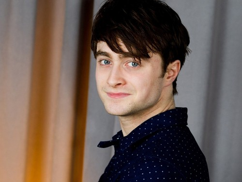 Daniel Radcliffe wallpaper probably containing an outerwear called Daniel Radcliffe Wallpaper