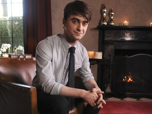 daniel radcliffe wallpaper with a business suit, a drawing room, and a family room entitled Daniel Radcliffe wallpaper