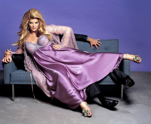Kirstie Alley wallpaper entitled Fat Actress Promos