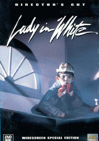 হ্যালোইন Horror: Lady in White
