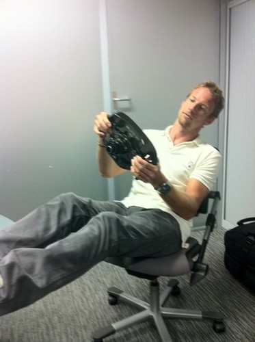 JB playing with his f1 car steering... 0_o yeah,he's a driver...