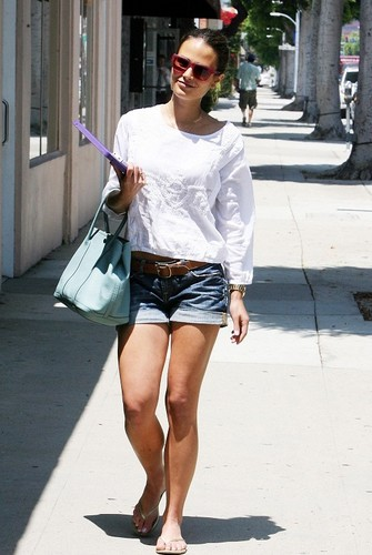 Jordana - Jordana  - At the Bellacures Nail Salon in Beverly Hills, August 9. 2011