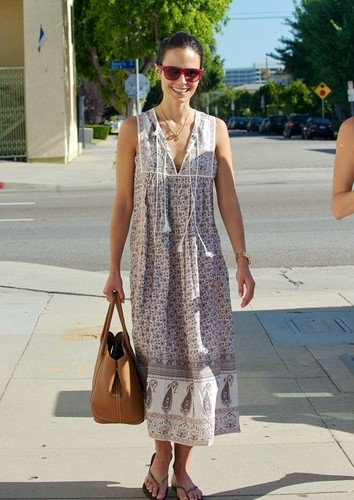 Jordana - at Kings Road Cafe with her Dallas co-star Julie Gonzalo in LA, May 25, 2011