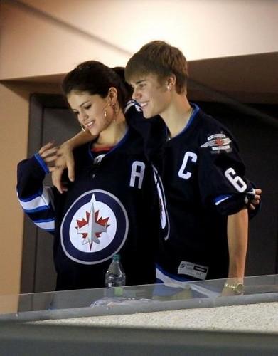 Justin Bieber and Selena Gomez Hockey Game