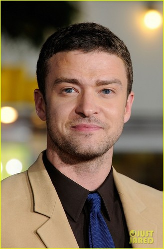 Justin Timberlake & Amanda Seyfried: 'In Time' L.A. Premiere!