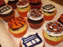 KATY बाघों कप केक