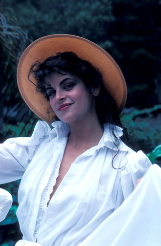 Mark Sennet Photoshoot 1982 - kirstie-alley Photo