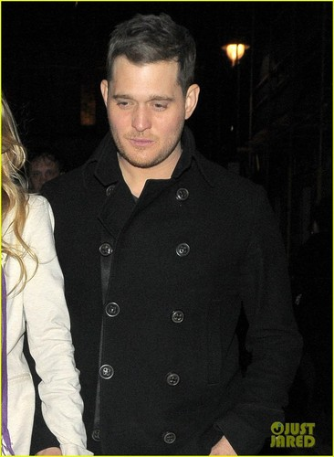 Michael Bublé wallpaper probably with a well dressed person, a pea jacket, and an outerwear titled Michael Buble & Luisana Lopilato: London Lovebirds!