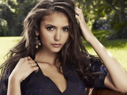 Nina Dobrev wallpaper with a portrait called Nina Dobrev Wallpaper ❤