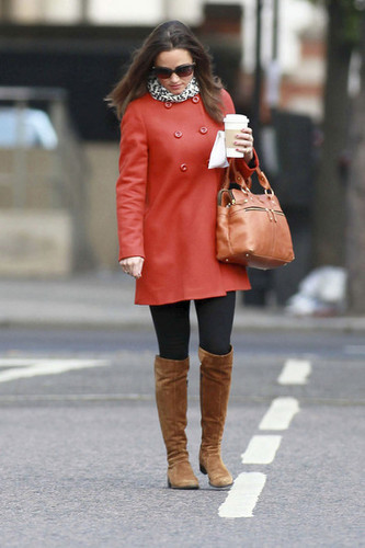 Pippa Middleton Heads to Work