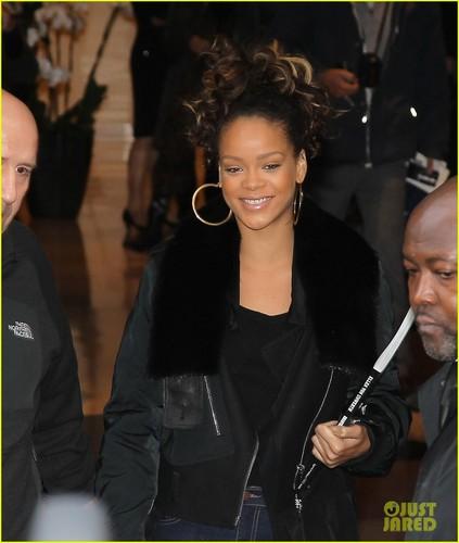 Rebelle: Rihanna's New Fragrance!