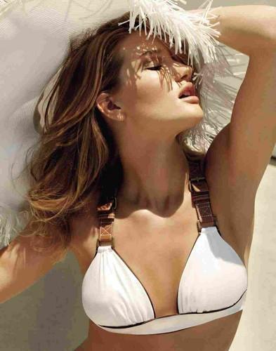 Models wallpaper with a bikini entitled Rosie Huntington Whiteley