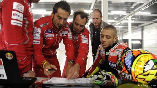 Valentino and his Ducati Team