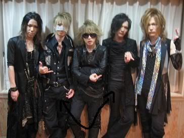 the gazette gets aroused LOL
