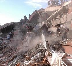 camioneta, van earthquake
