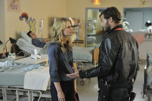 'Once Upon A Time': 1.03 'Snow Falls' Promotional picha