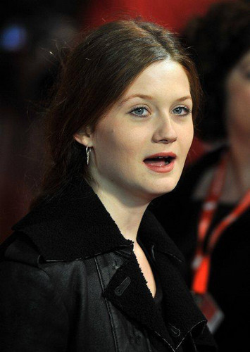 Bonnie attends Anonymus Premiere [55th BFI Luân Đôn Film Festival]