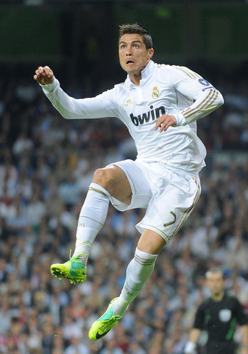 C. Ronaldo (Real Madrid - Olympic Lyon)