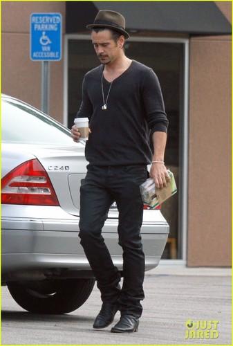 Colin Farrell: Starbucks Stop