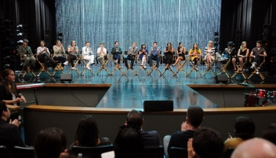 Darren Criss Q & A the 300th musical performance on স্বতস্ফূর্ত 26/10/11