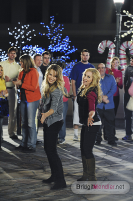 Good Luck Charlie wallpaper with a concert called Good Luck Charlie : It's Christmas! (2012)