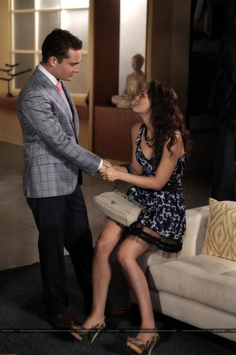 Gossip Girl 5.04 'Memoirs of an invisible Dan'