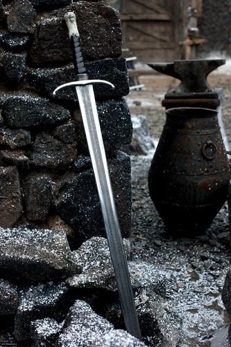 Jon sword Longclaw