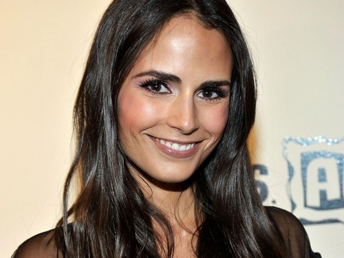 Jordana Brewster wallpaper containing a portrait called Jordana Brewster Wallpaper