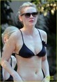 Kirsten Dunst Bares Her Bikini Bod in Vegas - kirsten-dunst photo
