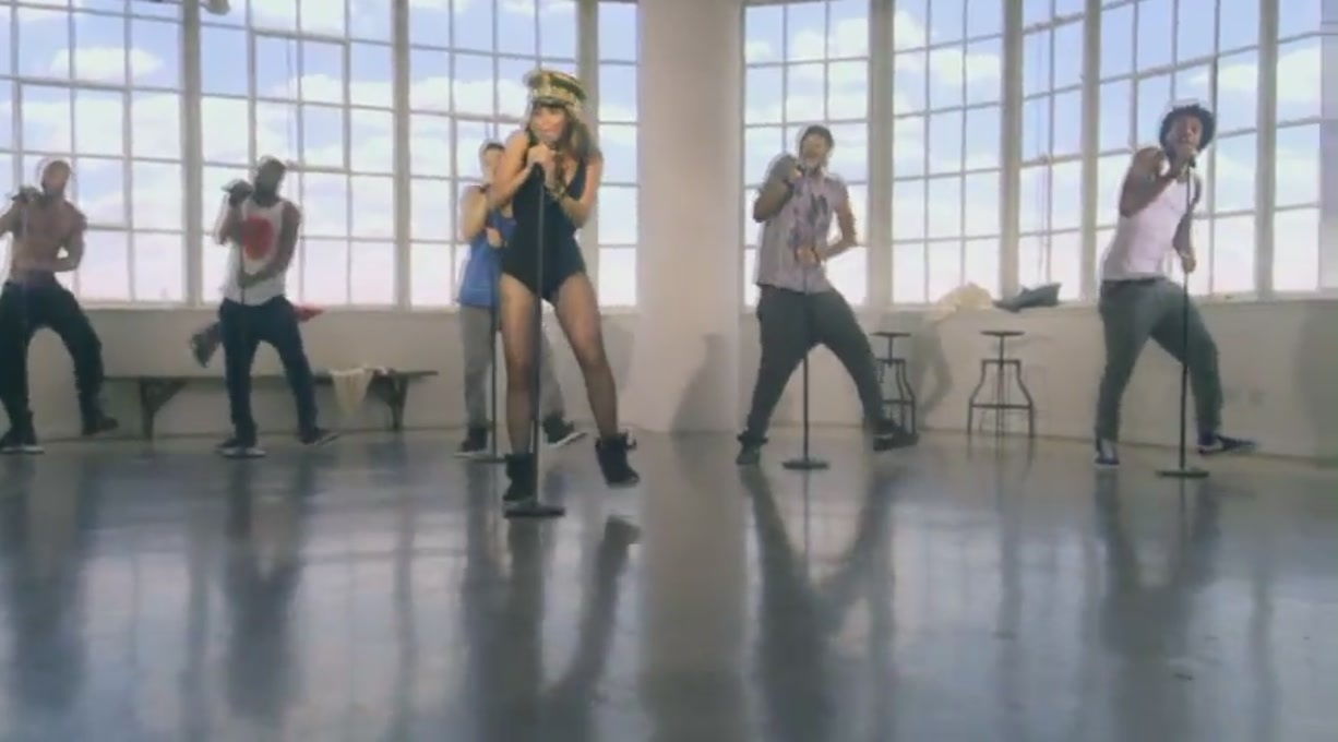 Single Ladies (Put A Ring On It) [Music Video] - Beyonce