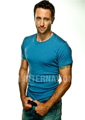 Alex O'Loughlin wallpaper probably containing a jersey entitled Men's Fitness Outtakes <3