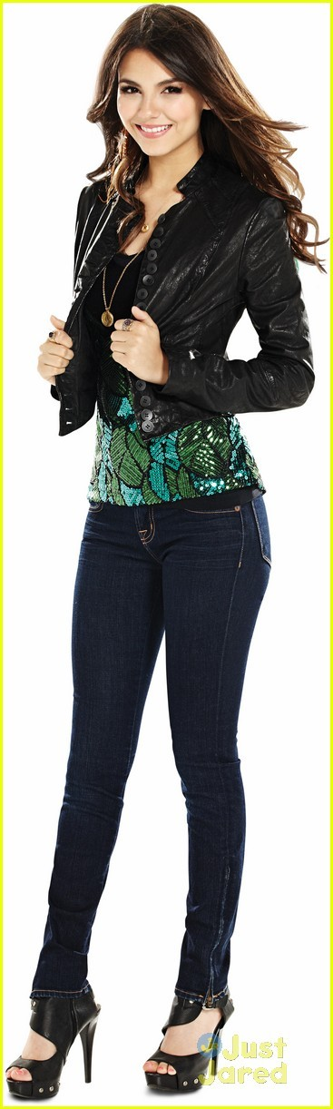 New 'Victorious' Season Two Promo Pics! - Victorious Photo (26369163 ... Victorious Beck And Cat Kiss