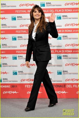 Penelope Cruz & Emile Hirsch: Rome Film Festival!