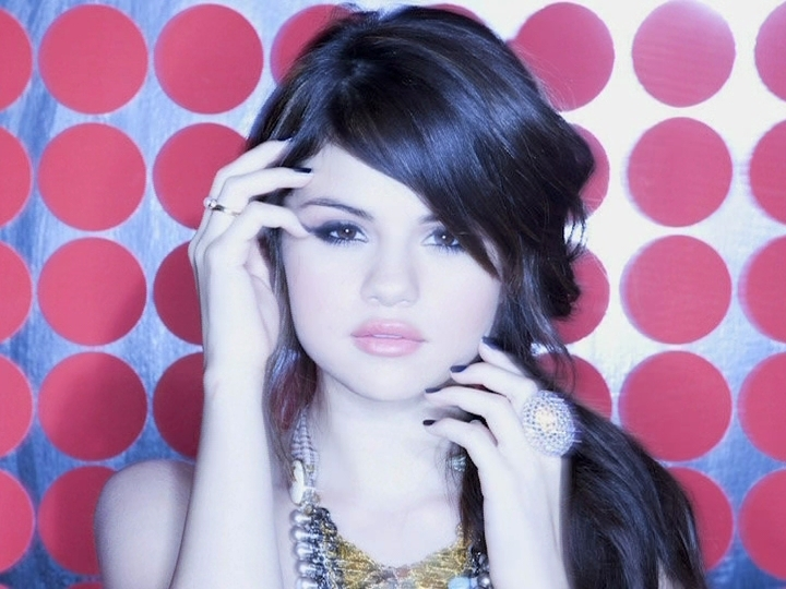 Selena Gome Kiss & Tell PhotoShoot