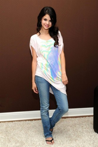 Selena Gomez Photoshoot 2