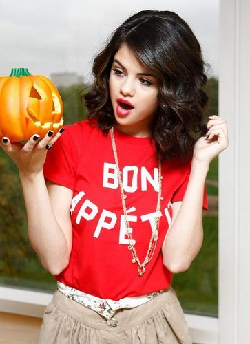 Selena Halloween