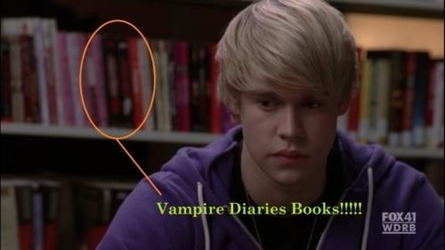 Vampire Diaries buku on Glee!!!