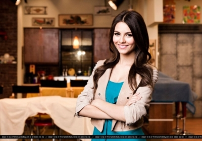 Victoria Justice wallpaper possibly containing a portrait called Victorian Justice (And Miranda Cosgrove.) - Kevin Scalon
