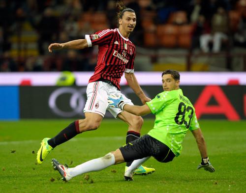 Z. Ibrahimovic (AC Milan - Parma)