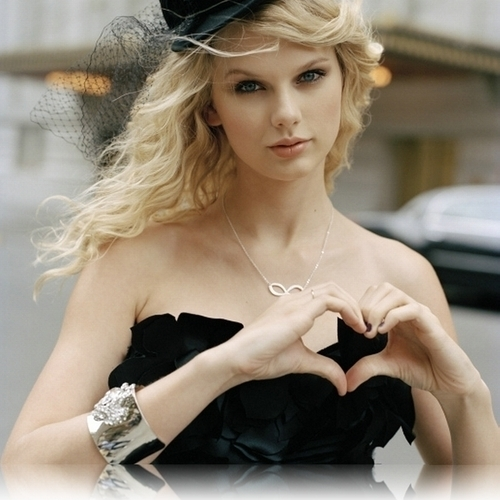 taylor rápido, swift wallpaper entitled beautiful taylor♥♥