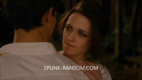 breaking dawn part 1 tv spot - jacob-and-bella Screencap