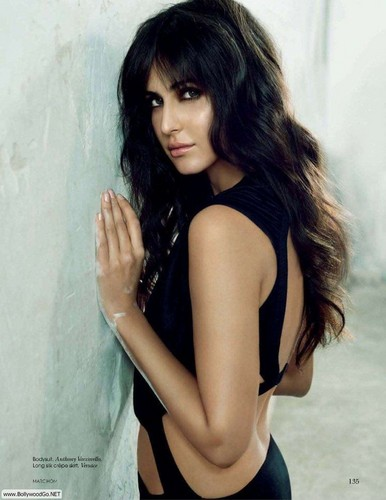Katrina Kaif fond d'écran possibly with attractiveness and a portrait entitled katrina ღ