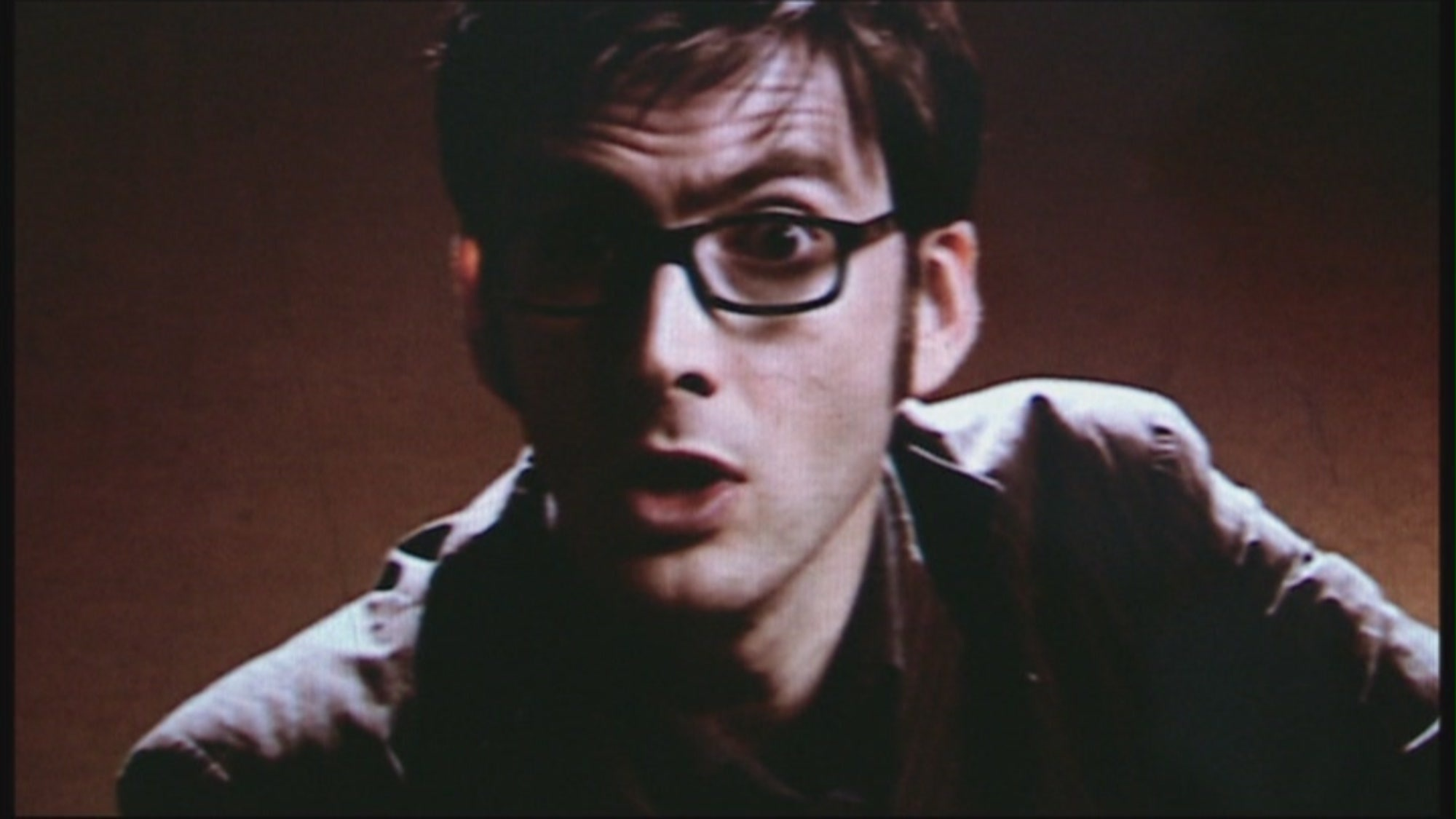 http://images5.fanpop.com/image/photos/26400000/3-10-Blink-the-tenth-doctor-26450997-2000-1125.jpg